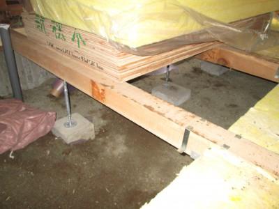 台所 床補強・断熱工事
